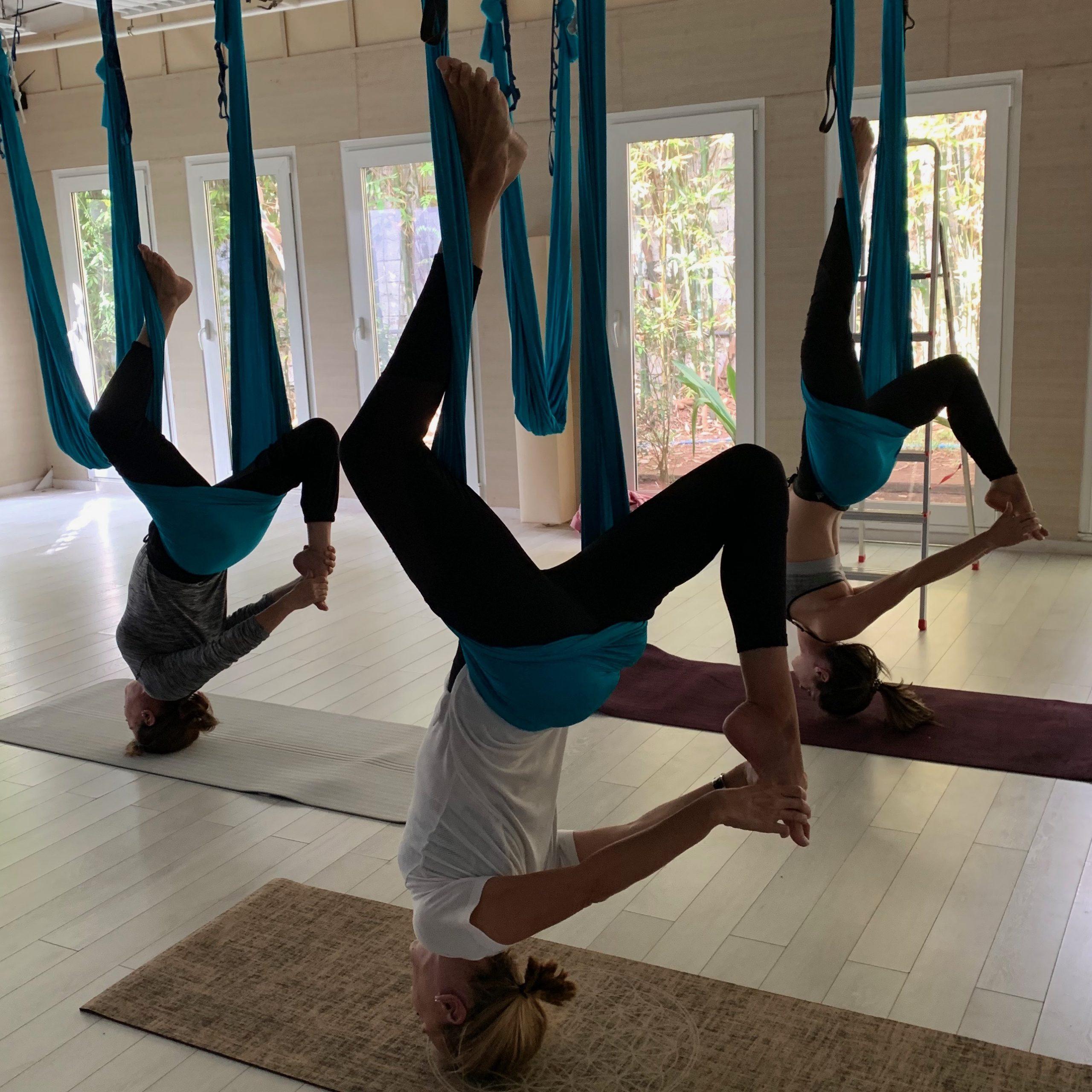 cours-yoga-aerien-retraite-maroc-airyoga-massage-spa-meditation-bienfait-parents-enfants-casablanca-maroc
